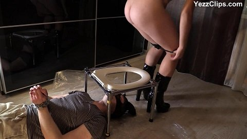 Miranda sits on the slave's face full of shit (FULL-HD 1080p) Picture 1