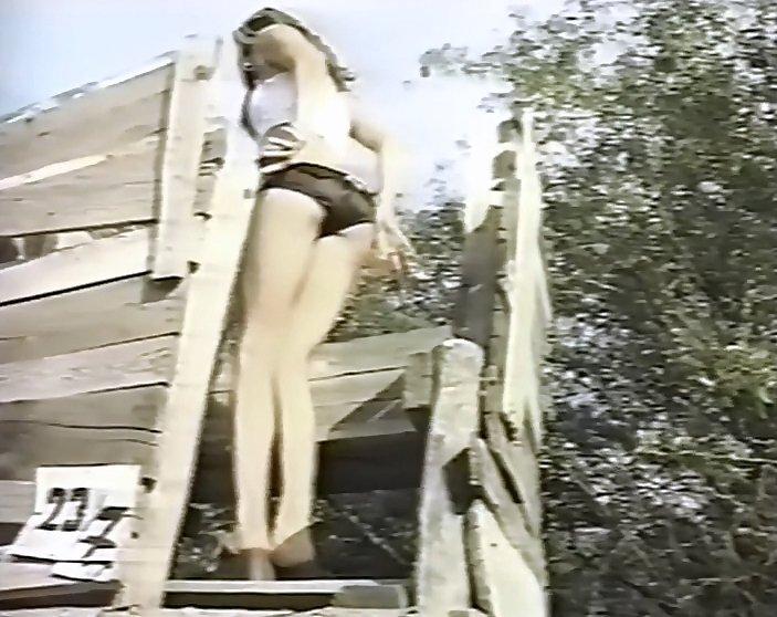 NOT A HIDDEN CAM VIDEOS 3 (Retro Outdoor Pooping Collection Video) - Scat  Free Porn
